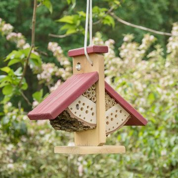 Hangend insectenhotel