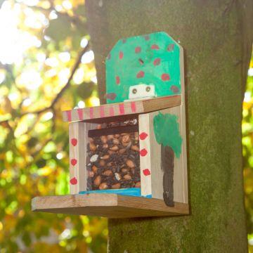 Bouwpakket eekhoornvoederhuis Sanjo